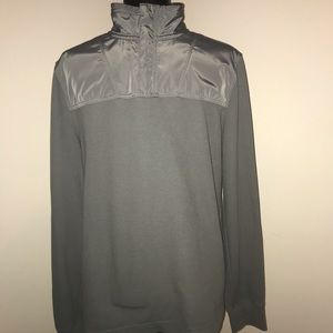 Men's BANANA REPUBLIC Sweater-Condition is used-